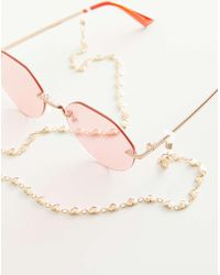 Urban Outfitters Hanna Heart Sunglasses Chain