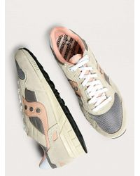 495e3cb5268e Saucony - Shadow 5000 Vintage Creme And Pink Trainers - Lyst