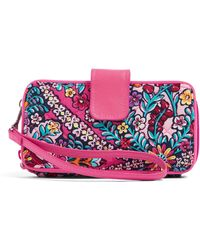 Vera Bradley Iconic Rfid Smartphone Wristlet - Pink
