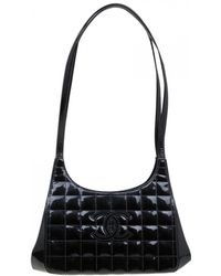 413ac521c6da Chanel - Pre-owned East West Chocolate Bar Black Patent Leather Handbags -  Lyst