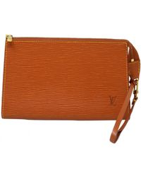 b257a408674 Louis Vuitton Pre-owned Leather Small Bag in Orange - Lyst