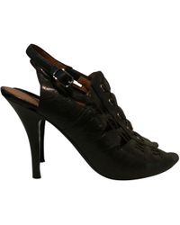 d07ddcece0b1 Lyst - Givenchy Leather Heels in Black