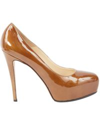 Brian Atwood - Lackleder Pumps - Lyst