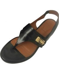 Pre-owned - Leather flip flops Givenchy YApZzyi