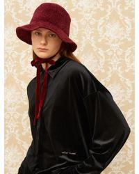 1159 STUDIOS - Mh8 Velvet Bucket Hat Burgundy - Lyst
