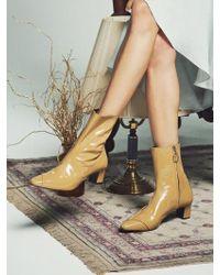W Concept - Rora Mud Beige Patent Boots - Lyst