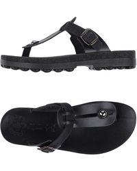 FANTASY SANDALS - Toe Strap Sandal - Lyst