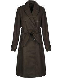 Y.A.S Coat