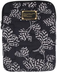 Marc By Marc Jacobs - Pretty Nylon Mini Mareika Tablet Case in Black - Lyst