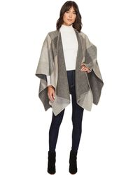 Pendleton - Double Sided Shawl (tan/buff Check) Scarves - Lyst