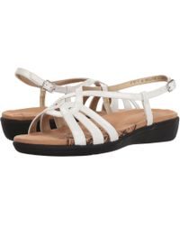 Soft Style - Patrese (rose Cloud Pearlized Patent) Women's Sandals - Lyst