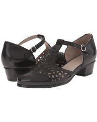 Spring Step - Maiche (beige) Women's Shoes - Lyst