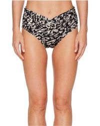 Miraclesuit - Cat Walk Mid-rise V-kini Bottom - Lyst