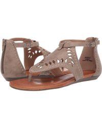 2e4960e8b Report - Lowell (olive) Women s Flat Shoes - Lyst