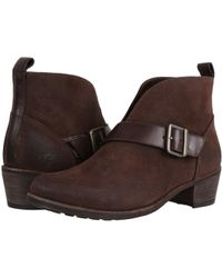 UGG - Wright Belted (stout) Women's Boots - Lyst
