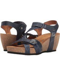 Taos Footwear - Julia (navy) Women's Shoes - Lyst