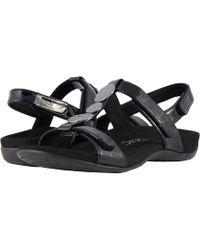 Vionic - Farra (black Patent) Women's Sandals - Lyst