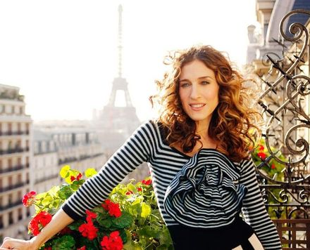 20 Ways to Channel Carrie Bradshaw's Parisian Chic