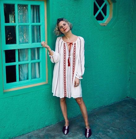 How to Master Vacation Style like Pandora Sykes