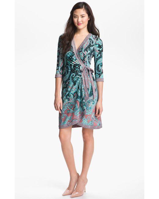 BCBGMAXAZRIA | Multicolor Caron V Neck Floral Dress | Lyst