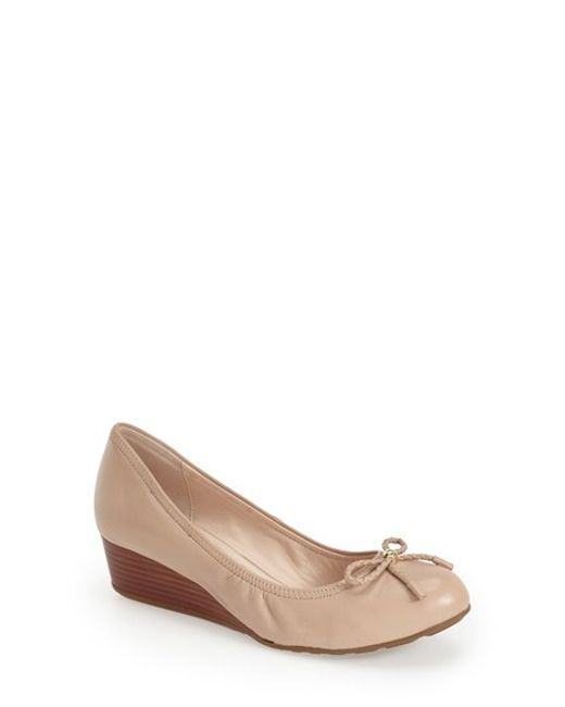 Cole Haan | Natural Tali Bow-Detail Wedge Pumps  | Lyst