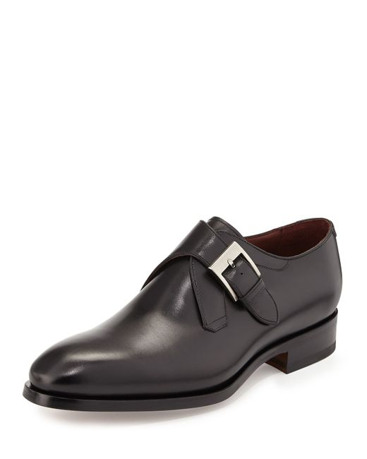 Shop the men's shoe clearance sale at Neiman Marcus. Get free shipping on the latest in fashion from top designers.