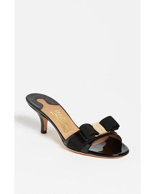 Ferragamo | Black 'glory' Bow Trim Sandal | Lyst