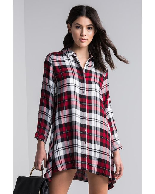 Lyst akira down to it oversized plaid shirt in red for Oversized red plaid shirt