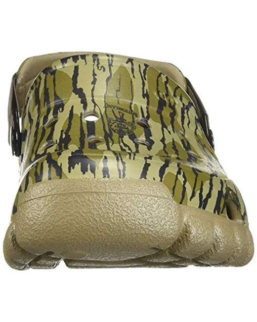 45f375f9b667 ... Crocs™ - Green Offroad Sport Mossy Oak Bottomland Clog for Men - Lyst  ...