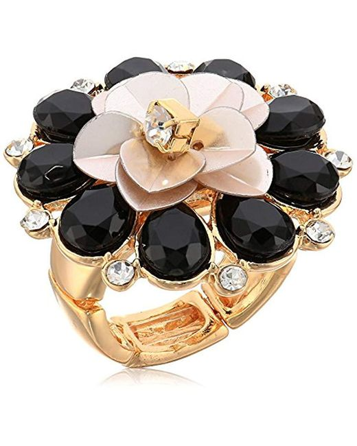 Guess - Metallic S Flower Cocktail Ring - Lyst