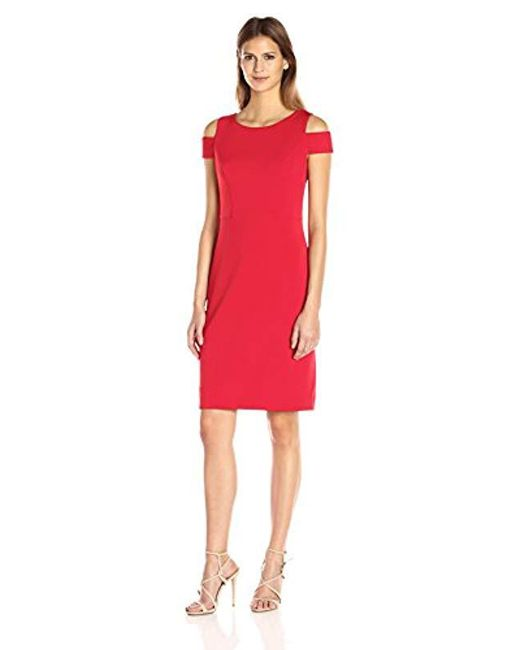 db9b86e1da3 Vince Camuto - Red Cold Shoulder Sheath Dress - Lyst ...