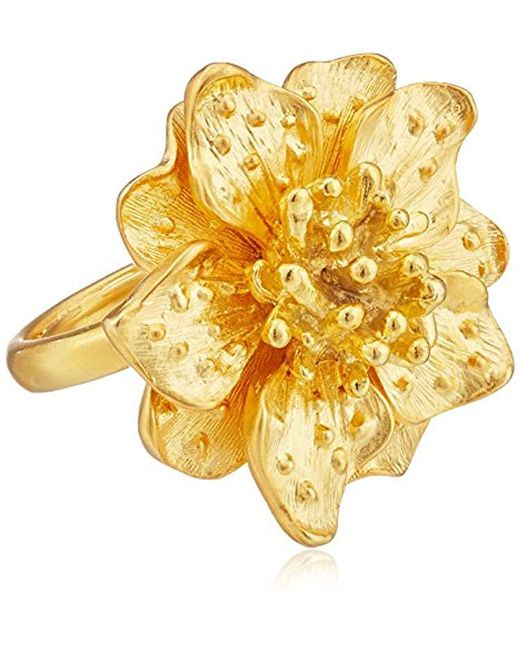 Kenneth Jay Lane - Metallic Satin Gold-tone Flower Ring, Size 7 - Lyst