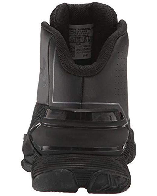 761b5aecdadb ... Under Armour - Grade School Longshot Basketball Shoe Black (002) rhino  Gray 5 ...