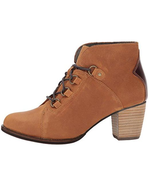 Caterpillar - Brown Arbor Wp Lace Up Bootie With Stacked Heel Ankle Boot - Lyst