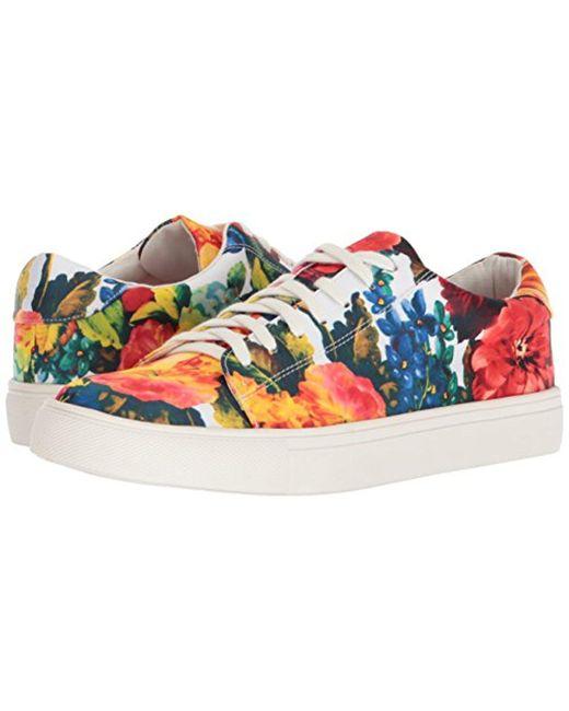 NANETTE nanette lepore Wynn Satin Floral Sneaker PEVz3