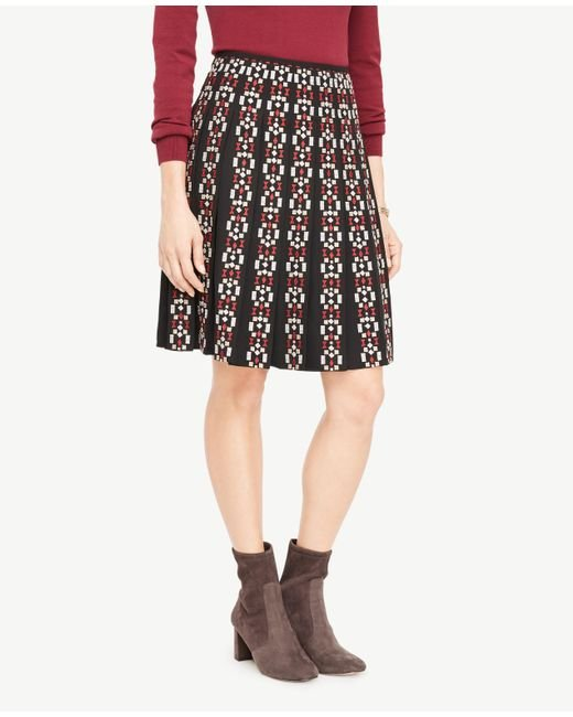 Ann Taylor | Black Embroidered Pleated Skirt | Lyst
