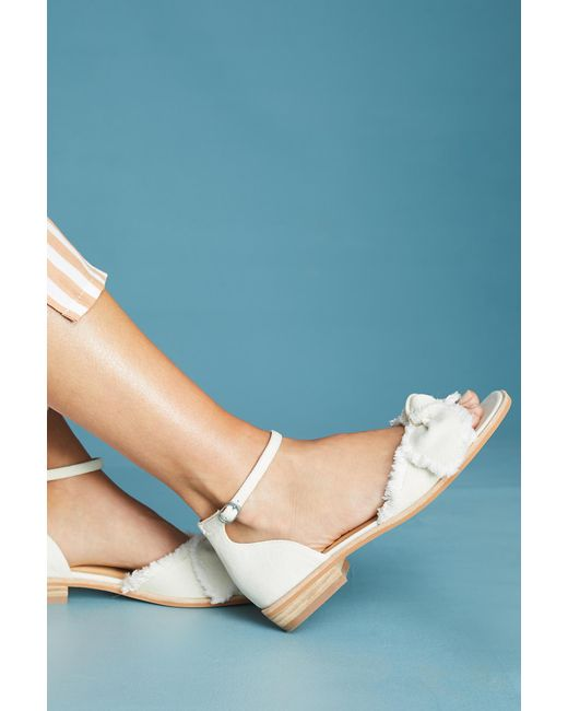 Bill Blass - White Maddy Bow Sandals - Lyst