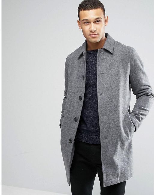 You can easily find, Black, Blue, Gray, Taupe, Brown, and Khaki colored trench coats. If you like to make a statement, trench coats also come with prints. In the latest NYC fashion shows, we've seen how top famous designers have incorporated different prints and textures for the Fall Trench coat designs.