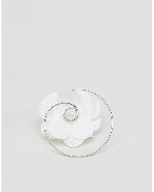 DESIGN Pack Of 8 Floral Hair Spinners - Cream Asos w30lm6k