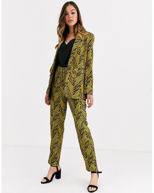 Liquorish Multicolor Suit Pant Co Ord In Gold And Black Abstract Print