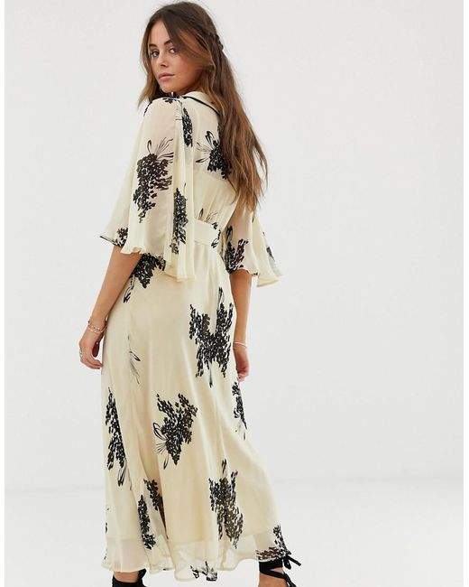 e4e9a208cf02 ... ASOS - Natural Floaty Maxi Dress With Collar In Floral Print - Lyst