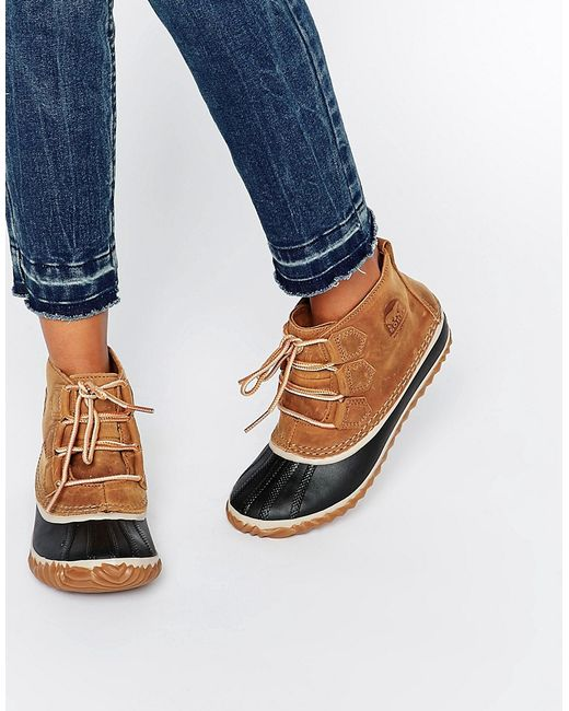 Sorel Out N About Leather Lace Up Ankle Boots In