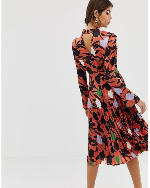 5a10330712bc65 ... ASOS - Red Pleated Midi Dress With Fluted Sleeve In Floral Print - Lyst