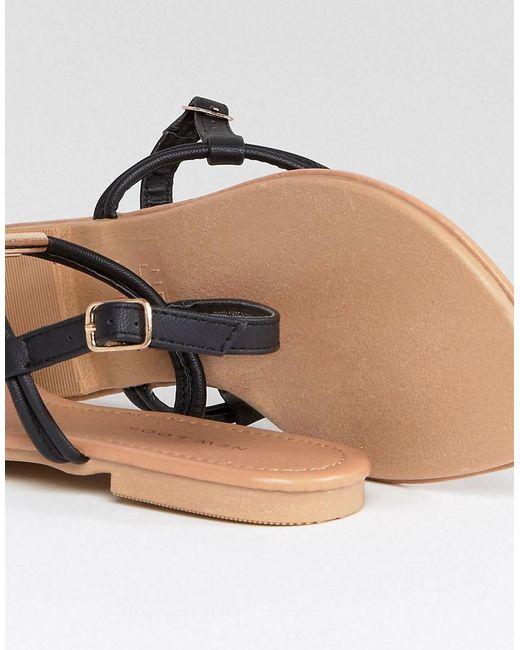 Toe Post Leather Look Flat Sandal - Black New Look aucIwG
