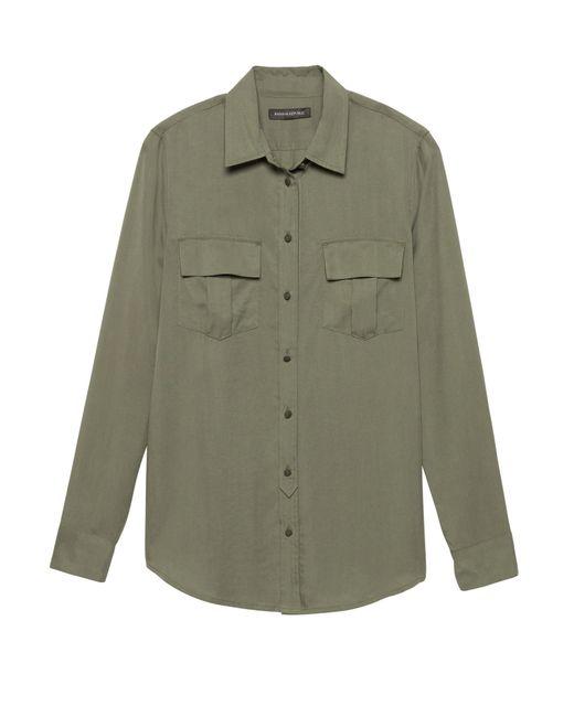 a69cebeb1efa9 Banana Republic - Green Petite Dillon Classic-fit Tm Utility Shirt for Men  - Lyst