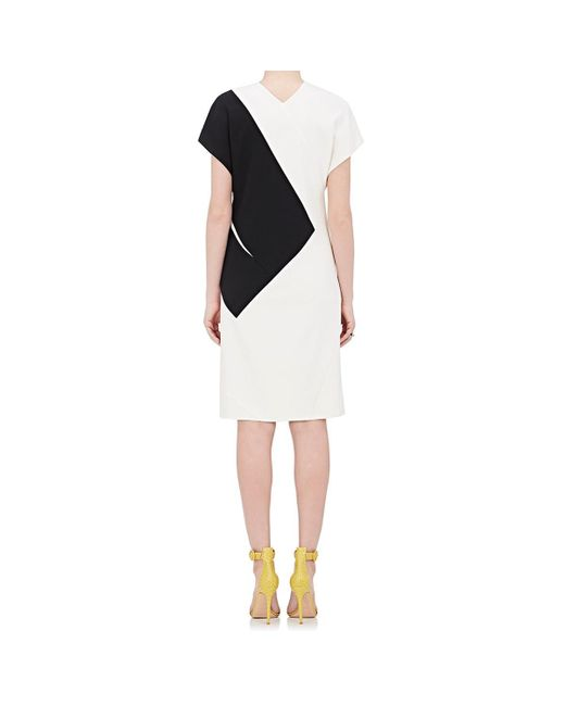 6baa819a5f2 ... Narciso Rodriguez - White Colorblocked Silk-blend Shift Dress - Lyst ...