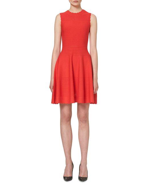 Carolina Herrera - Red Scalloped Sleeveless Knit Dress - Lyst