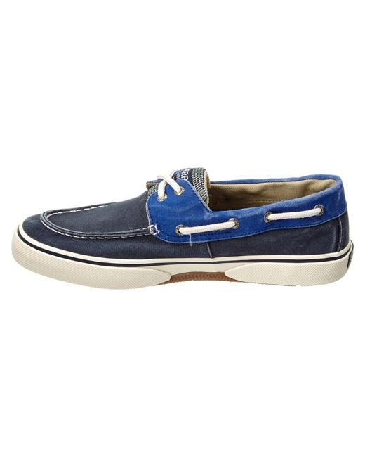 sperry top sider halyard 2 eye boat shoe in blue for