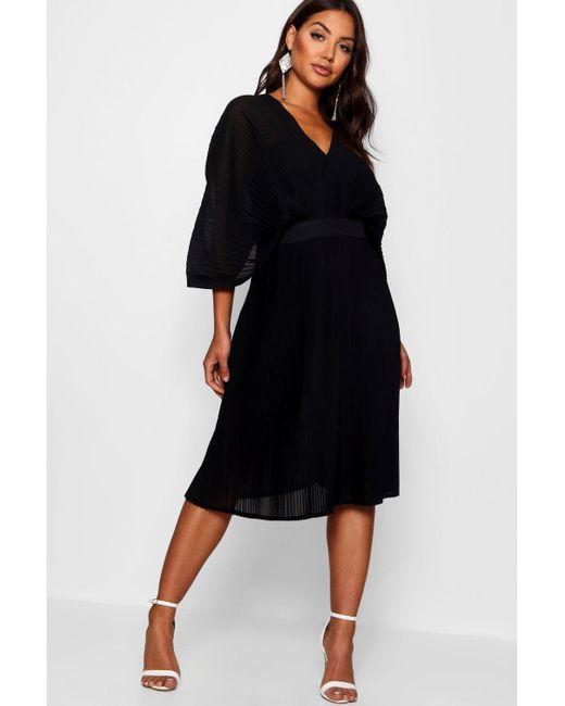 62b4f9d65552 Boohoo - Black Boutique Pleated Batwing Midi Dress - Lyst ...