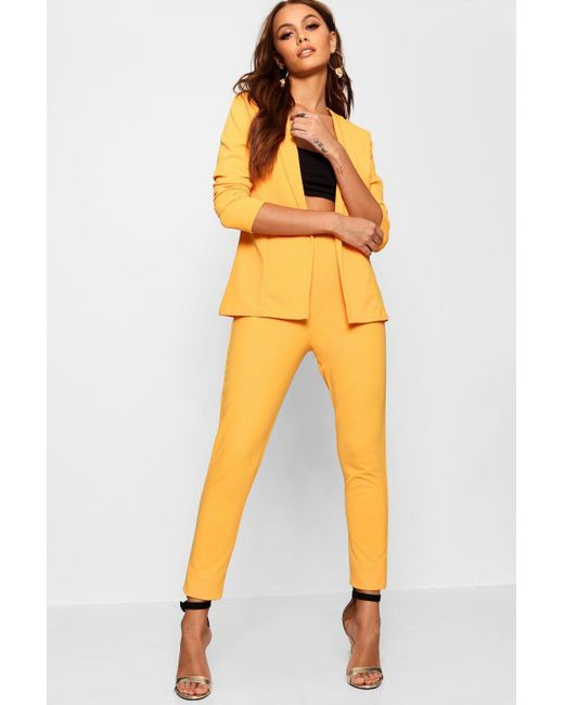 Boohoo - Yellow Crepe Fitted Suit - Lyst